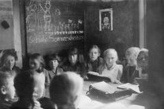 004.Sommerschenburg, Schulkindern - 1932